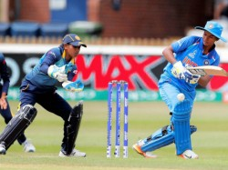 Women S World Cup 2017 India Beat Sri Lanka By 16 Runs