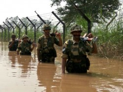 Bsf Jawans Guard Border In Waist Deep Water In North Bengal