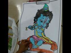 Over 2500 Children Participated In Sri Krishna Drawing Competition