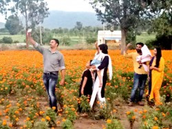 Selfie With Flowers New Way To Earning For Farmers