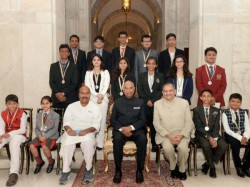 Bengaluru S Nikhiya And Puttur S Swasthik Gets National Child Award