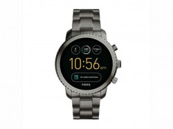 Reliance Digital Joins Hands With Fossil India Offers Wearable Tech Smart Watches