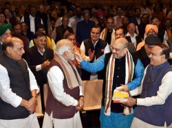 We Rule 19 States Even Indira Gandhi Had 18 Pm Modi Gets Emotional At Bjp Party Meet