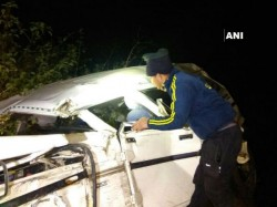 Jharkhand And Uttarakhand Separate Accidents Kill 13 People