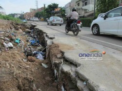 Daksh Survey Power Road And Water To Voters Mind