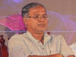 Bjp Leader Suresh Kumar Supports Ips Officers Association