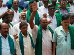No Support To Karnataka Bandh Kuruburu Shanthakumar