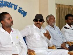 Vatal Nagaraj Said Super Star Rajinikanth Kannada Traitor
