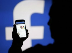 Travel Status In Facebook Leads To Robbery Of House In Bengaluru