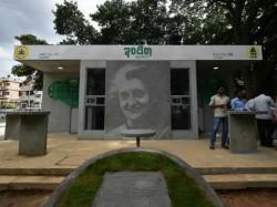 Kumaraswamy Govt Continue Indira Canteen Other Popular Schemes Siddaramaiah