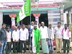 Mandya Hd Kumaraswamy Fans Offer Pooja In Various Temples