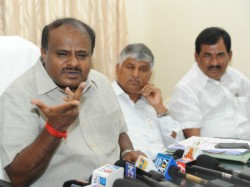 Free Bus Pass To Students Cm Says It Will Be Excess Burden