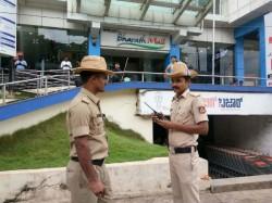 Superstar Ranijikanths Movie Kaala Released In Mangaluru Movie Released Under Police Protection