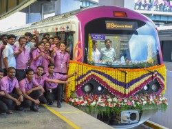 First Coaches Of Metro Trains Cant Have Women Only Board