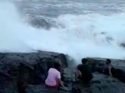 The Amazing Sea Wave Which Killed Tamilnadu Tourists