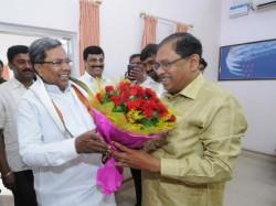 How Siddaramaiah Cornered In Congress