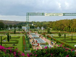 Karnataka Budget 2018 Hd Kumaraswamy Plans Deveop Krs Disneyland