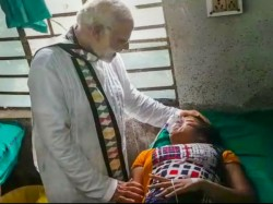 Viral Video Modi Tears Up By Seeing Injured People At Midnapore West Bengal