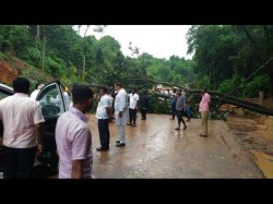 Tree Falls On Shiradi Ghat Road Path Blocked For Ministers Convoy