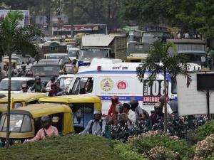 ಚಿತ್ರಗಳಲ್ಲಿ: ಮಂಗಳವಾರದ ಮಳೆ ನಿಂತ ಮೇಲೆ ಬೆಂಗಳೂರು