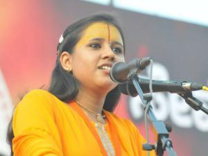 ಮಂಗಳೂರು : ಸಾಧ್ವಿ ಬಾಲಿಕಾ ಸರಸ್ವತಿ ವಿರುದ್ಧ ದೂರು