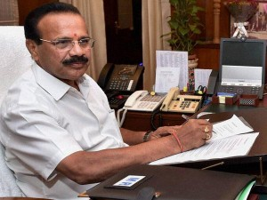 Central Minister Dv Sadananda Gowda Angry On Former Mp Ramya