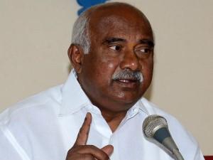 Mysuru Ex Mp Vishwanath Opposes Move To Merge Yashasvini Health Scheme With Other Schemes