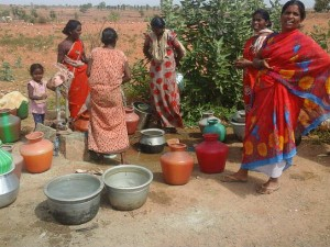Water Problem In The Village Of Bandalli Kollegala Taluk Chamrajanagar Became Worst