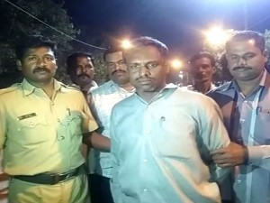 Accused Who Put Fire To Chamarajeshwara Ratha Held By Police