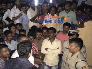 Hindu Activists Protest At Padubidri Police Station Udupi