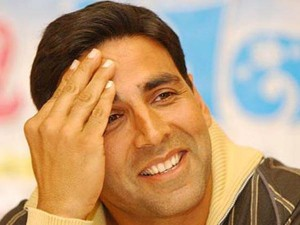Akshay Kumar Apologies Holding National Flag Icc Women S World Cup 2017