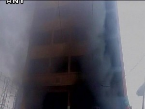 Building In Hyderabad Catches Fire 30 Trapped