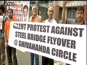 Bengaluru Locals Hold Silent Protest Against Steel Flyover At Shivananda Circle