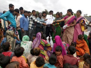 Nutritious Food Distributed To Nomadic Pregnant Women S In Koppal