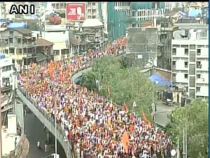 Maratha Kranti Morcha Rally Begins In Mumbai To Seek Reservation Shiv Sena Joins Protest