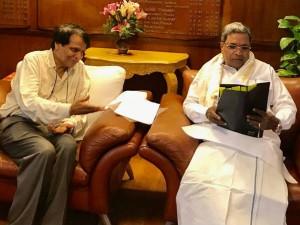 Hubballi Ankola Railway Line Issue Siddaramaiah Meets Suresh Prabhu