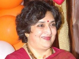 Latha Rajinikanth Run Ashram School Trouble