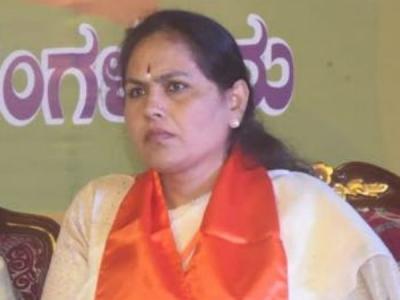 ಸಿಎಂ ರೈತರ ಮೂಗಿಗೆ ತುಪ್ಪ ಸವರಿದ್ದಾರೆ: ಶೋಭಾ ಕರಂದ್ಲಾಜೆ